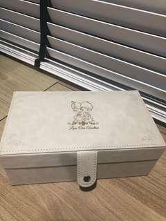PRECIOUS MOMENTS- 2 tier Jewelry box