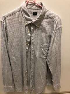 UNIQLO shirt Large