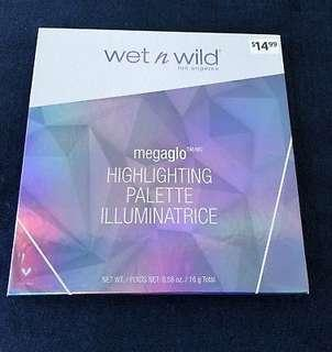 WET N WILD MEGAGLO HIGHLIGHTING PALETTE ILLUMINATRICE