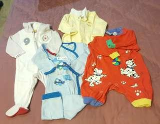 Baby Sleepsuits + free gifts