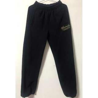 🚚 Air Walk 刷毛超保暖縮口運動褲 (厚版)黑色