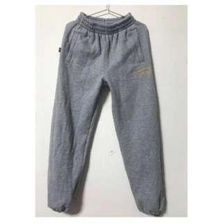 🚚 Air Walk 刷毛超保暖縮口運動褲 (厚版)灰色