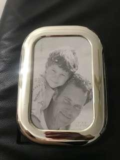 Brand new metal silver plated standing photo frame