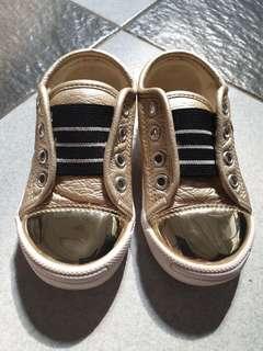 Sepatu Anak Balita