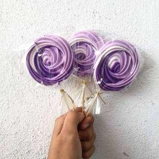 Meringue Roses Lollipop
