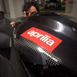 Strauss Carbon Tank and Tail Carbon Fibre Sliders - Aprilia RSV4' 2009-2017 for Sale/Pre-Order