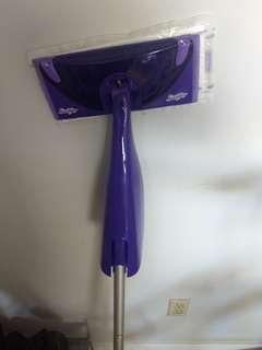 Swiffer WetJet + cleaning liquid