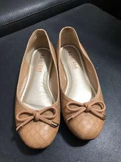 🚚 專櫃鞋