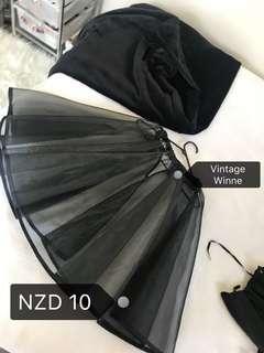 C119 Vintage Dress Holder