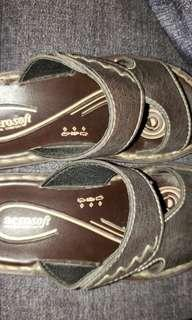 Aerosoft Sandals Size 28