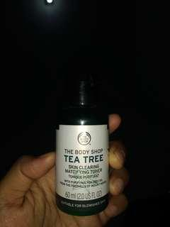 THE BODY SHOP. TONIQUE PURIFIANT TEA TREE