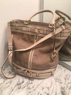 Michael Kors crossbody bucket bag