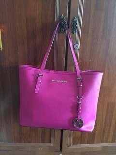 Michael Kors tote bag (pre-used)
