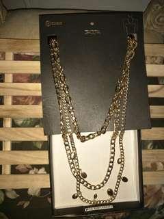 Isadora. Long Necklace