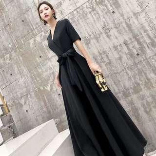Black elegant Dress / evening gown