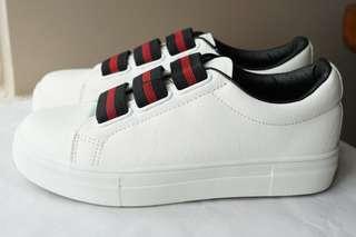 Es-carte Woman Sneaker