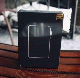 Shanling M2s Red BNIB + Leather case + Microsd 32gb