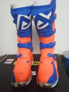 Motocross Boots Acerbis