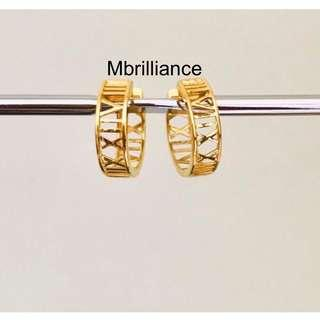 Exclusive Roman Numerals earrings 916 Gold