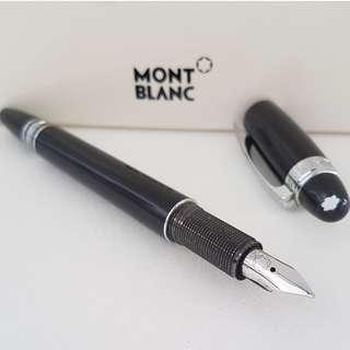 🚚 Rare Luxury MONT BLANC Designer Pen, Fountain Ink Pen, Made in Germany, Avant-grade, Montblanc Meisterstuck with 14K 585 Gold Nib Tip, Mont Blanc Box, Iconic, for Yuppies, Generation X, Art Décor, For Collector, Original, Authentic