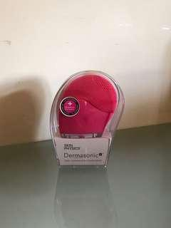 Rrp $100+ face cleaner