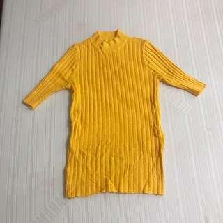 YELLOW KNITTED MOCK TURTLENECK TOP FITS S