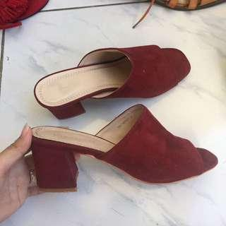Wine red mules