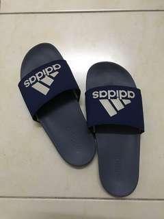 Adidas Slipper (Cloudfoam)