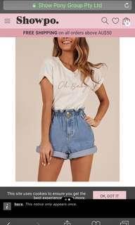 Show po shorts