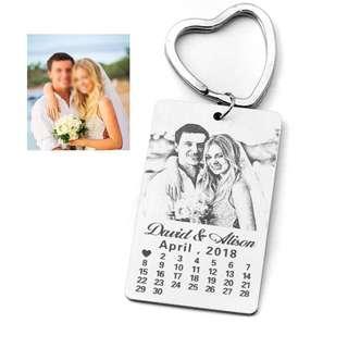 🆒🆕 Personalized Calendar Keychain,Photo calendar key chain Hand Stamped Calendar,Engrave Photo Keychain,Picture Keyring,Custom Gift