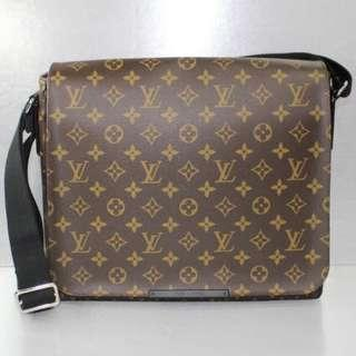 LV Monogram Macassa District MM