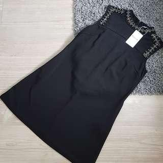 Black Dress Kerah Payet
