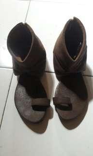 Sandal/sepatu ceper😆