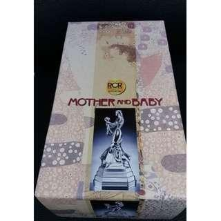 "RCR Royal Crystal Rock - ""Mother And Baby"" Figurine"