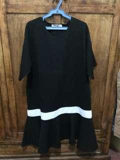 Black flowy bottom dress