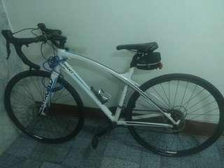 GIANT bicycle in new condition,price negotiable
