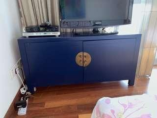 Blue Chinese drawers and cabinets