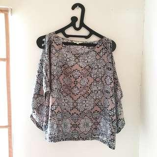Pattern Top by Etcetera