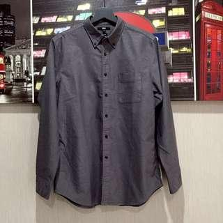 Kemeja Uniqlo Size L / Slim fit