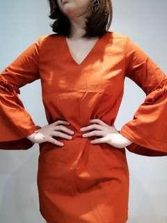 🚚 Dressabelle Butterfly Sleeve Orange Shift Dress