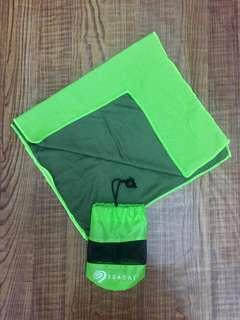 Seagate Sports Towel 輕便易攜 運動毛巾 螢光黃綠色
