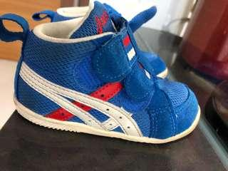 2 to 3 years old boy shoes Adidas, Puma, Ascis