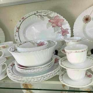 32pc Dining Set