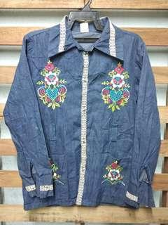 Hippies style jacket denim embroidery flowers