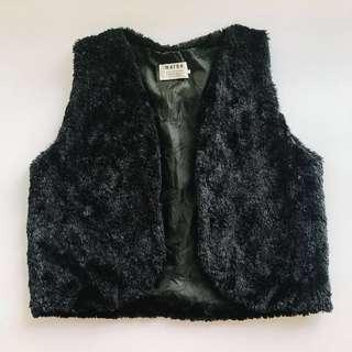 Faux Fur Crop Vest in Black