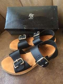 FLY SHOES Sandals