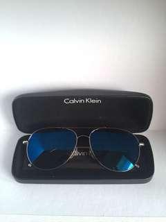 STEAL DEAL ‼️ Kacamata Calvin Klein Aviator