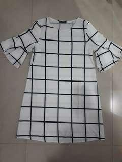 Casual Dress Black & White