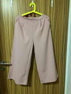 Baby pink flowy pants