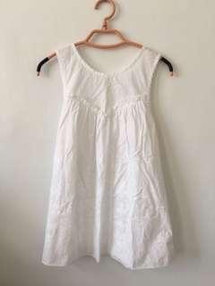 🚚 jillstuart 純白刺繡蕾絲馬甲設計 背心傘狀上衣s-m
